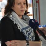 Veronika Záhorská při rozhovoru s reportérkou České televize. Foto: Rostislav Pijáček